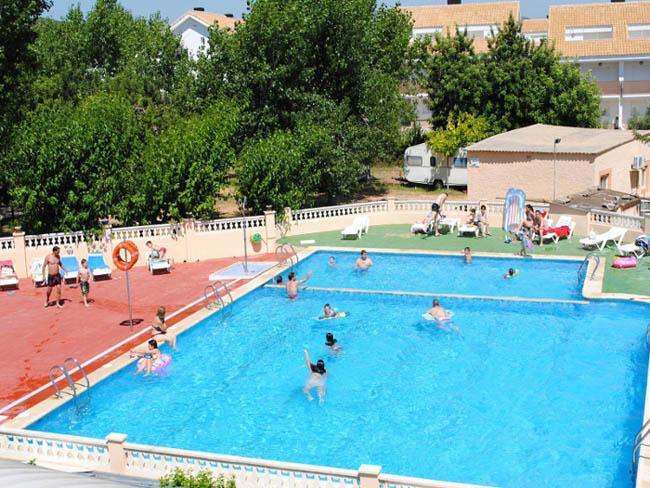 Turismo de castell n for Piscina almazora
